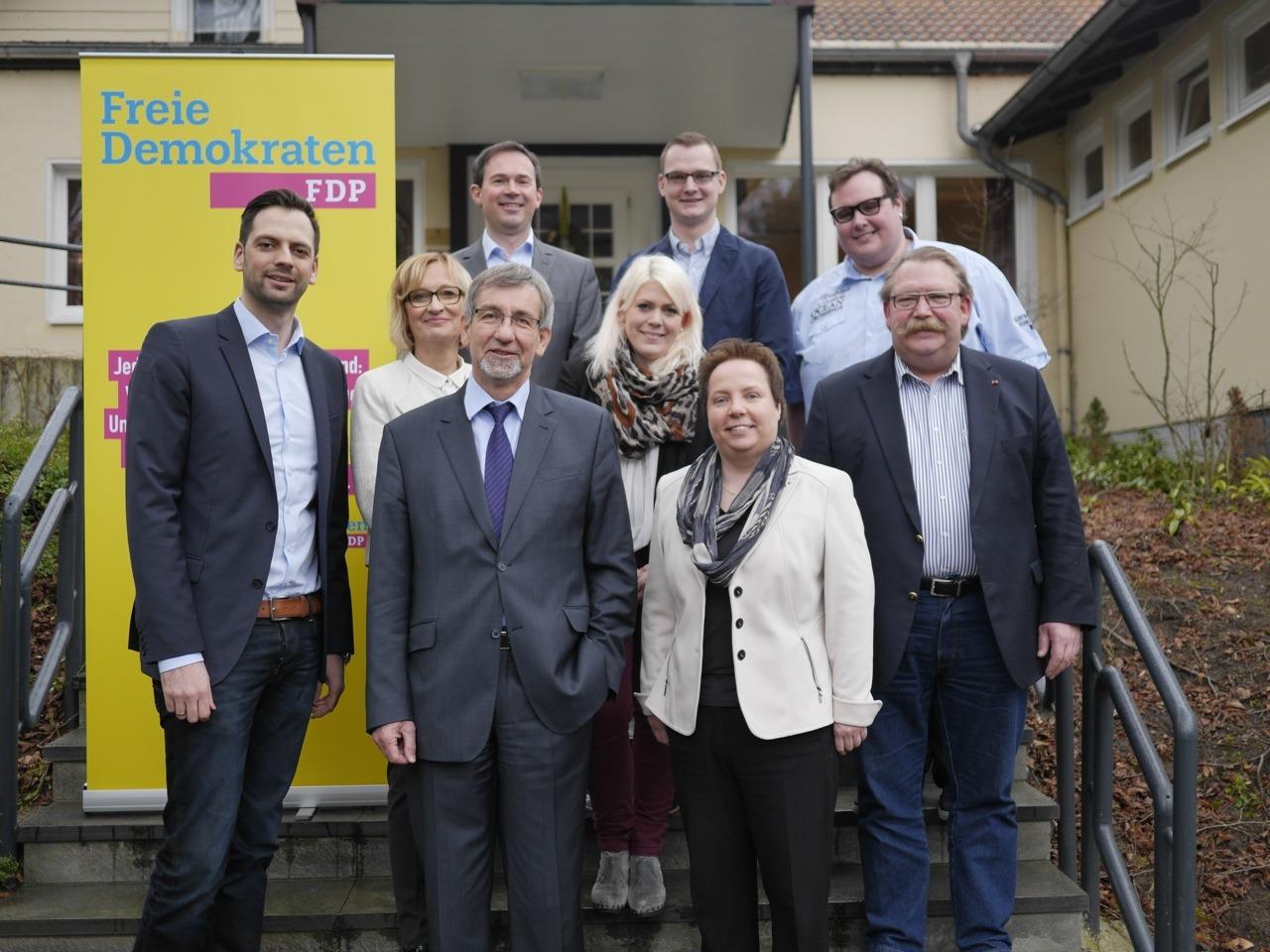 Bild eines Teils des Vorstandes der FDP Paderborn